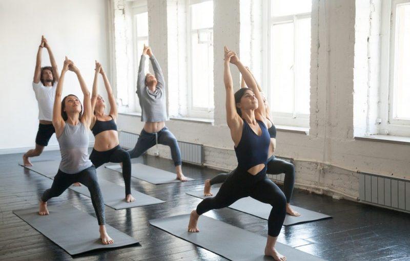 Forebyg stress og kom i form med yoga