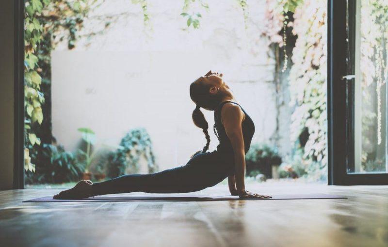 Kontakt til dine feminine sider med Yon yoga