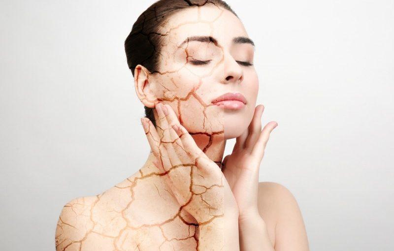 Kan man fjerne slap eller overskydende hud?